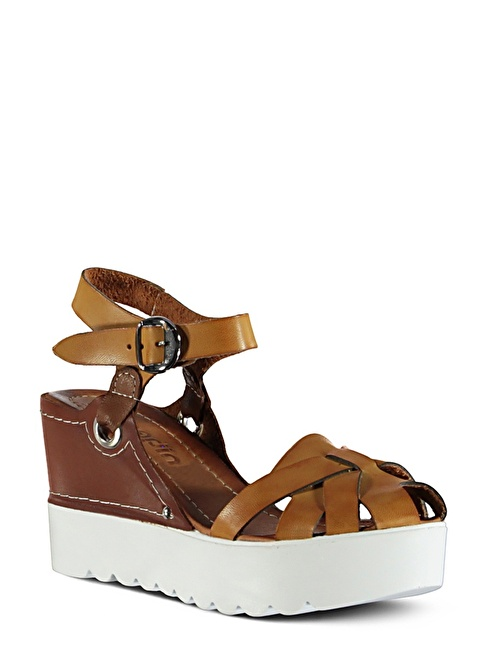 Marjin  Dolgu Topuk Sandalet Camel